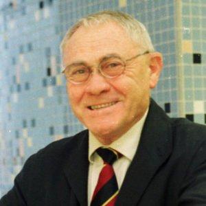 Dr. Agustín Escardino Benlloch